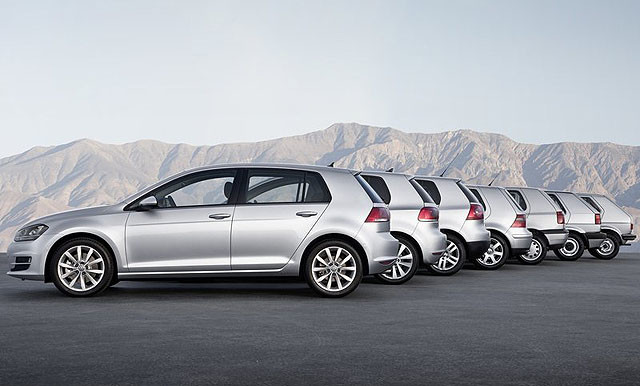 Volkswagen-Golf_2013_800x600_wallpaper_33