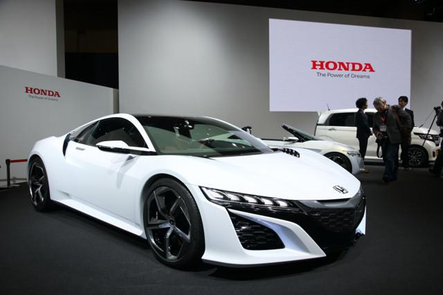 东京车展上的次期NSX,概念车版,完成度比起其概念车先前几次展出时已大幅提高。