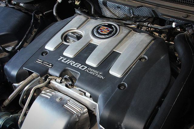 小排量涡轮增压发动机替代大排量自然发动机的举措,在近两年汽车厂商的举措当中已经算不上什么新鲜事。不过,在旗舰轿车级别进行这样的变革,对于凯迪拉克来说应该说是破天荒的第一次。