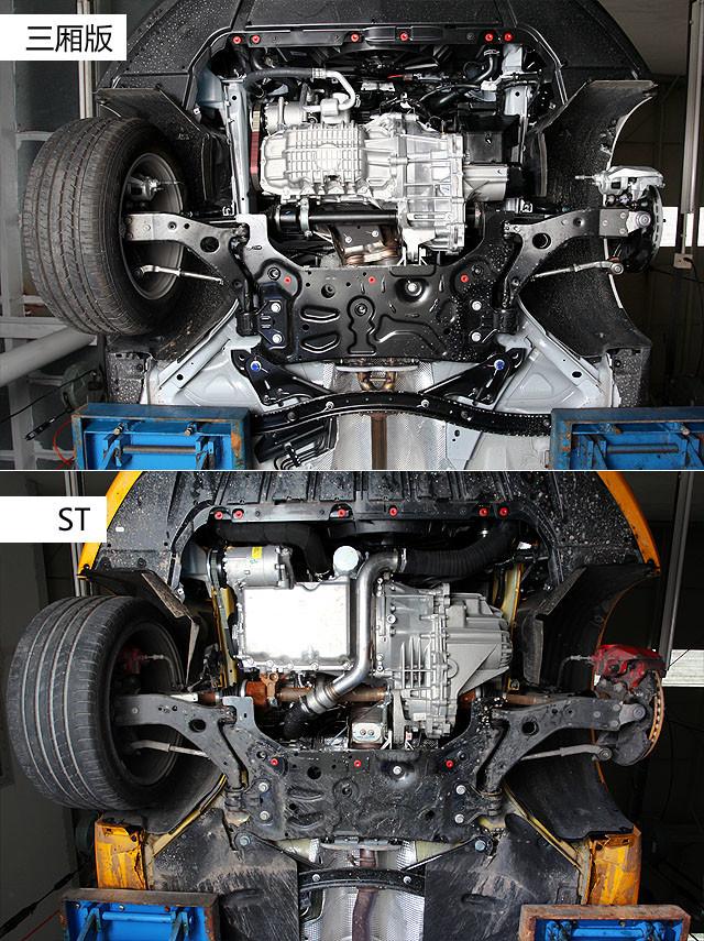 由于两款车型的动力传动系统的本质差别较大,所以底盘前部分,包括空调压缩机、水管、空调软管、机油滤清器等细节布局均有所不同。