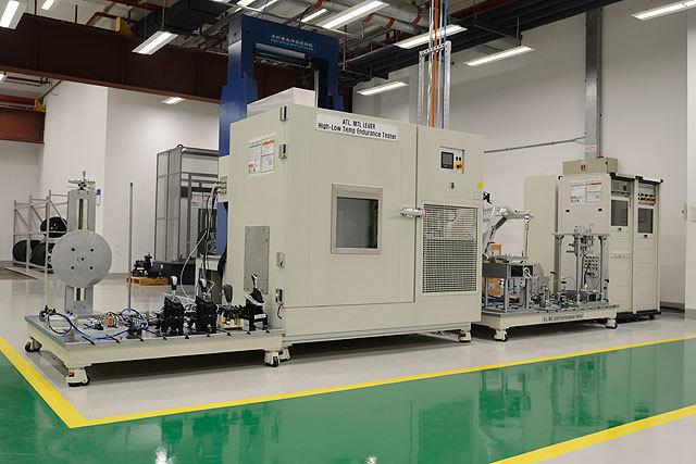 结构和底盘实验室-换挡器耐久性实验