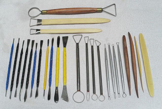 制作油泥模型的各种工具