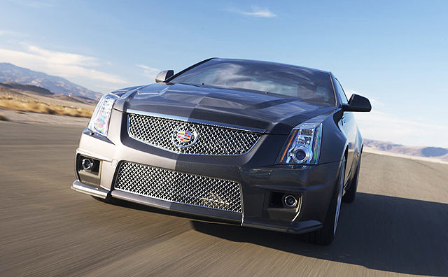 Cadillac-CTS-V_Coupe_2011_800x600_wallpaper_1d