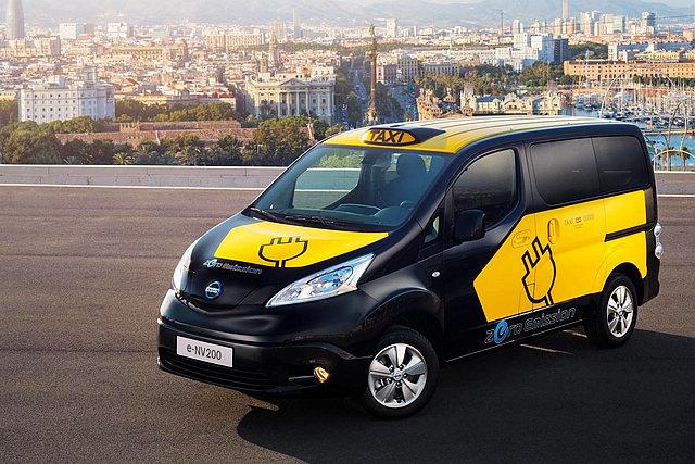 电动版本的E-NV200已经在西班牙巴塞罗那成为出租用车,而在2015年,伦敦也将有电动版本的NV200出租车供选择。