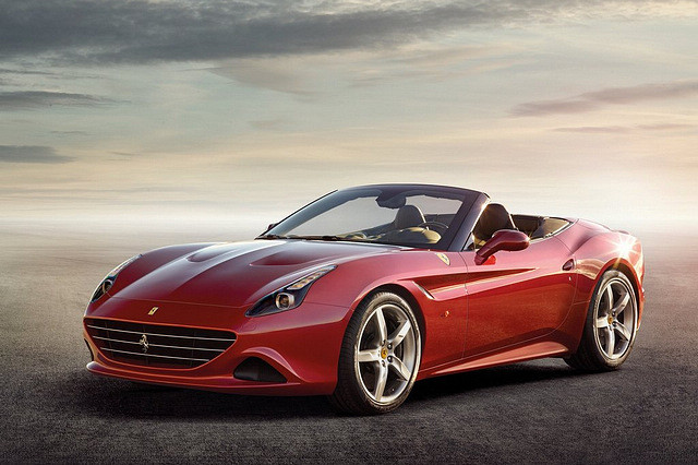 Ferrari-California_T_2015_1024x768_wallpaper_01