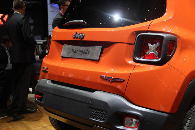 Jeep-Renegade-02