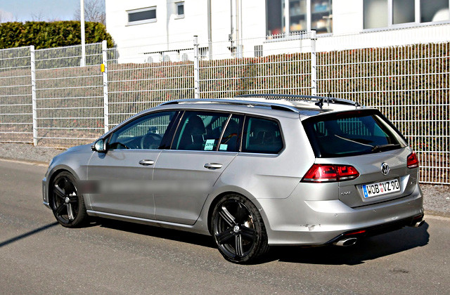 VW-Golf-R-Variant-5[3]