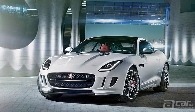 Jaguar-F-Type_R_Coupe_2015_800x600_wallpaper_04