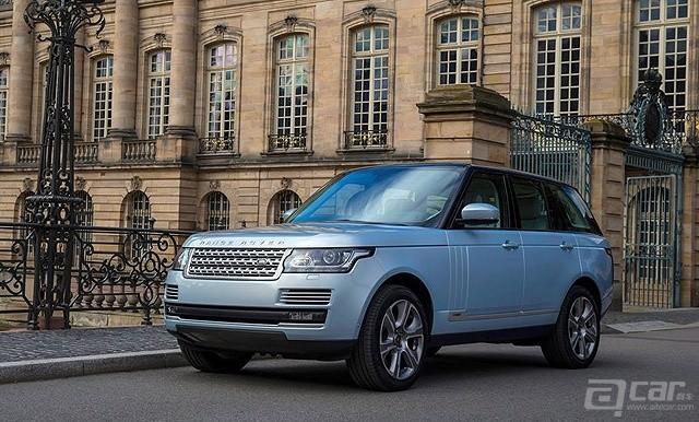 Land_Rover-Range_Rover_Hybrid_2015_800x600_wallpaper_05