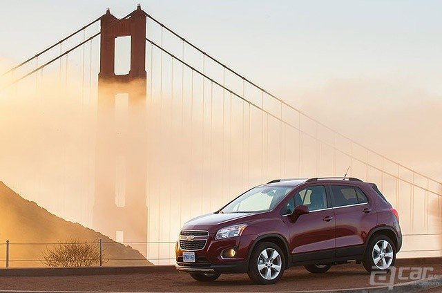 Chevrolet-Trax_2014_800x600_wallpaper_04