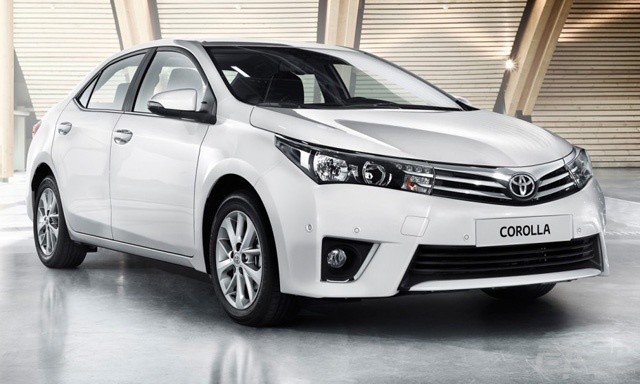 2014_toyota_corolla_sedan_europe_02-0607-m-930x584