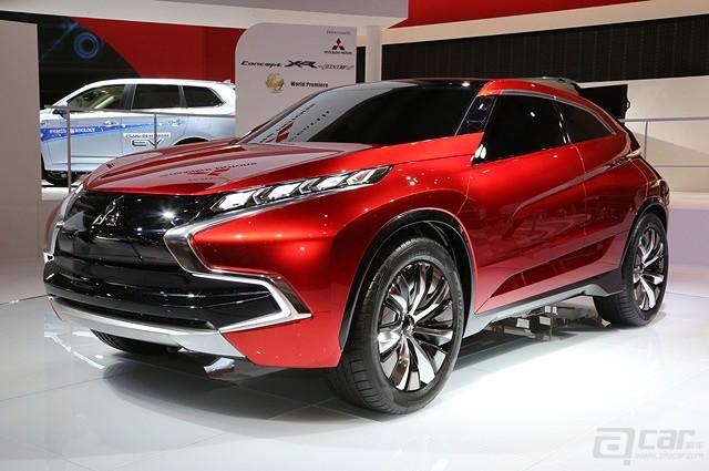 Mitsubishi-Concept-XR-PHEV-front-three-quarters