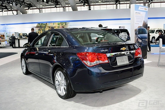 2015-chevy-cruze-5-1_副本