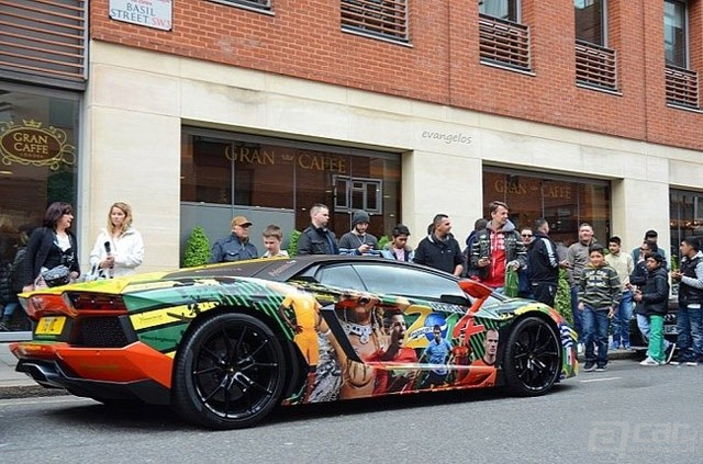 football-and-supercars-combined-in-2014-fifa-themed-aventador-medium_3-117d1