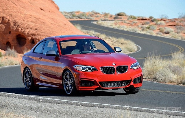 BMW-M235i-Coupe-3[2]