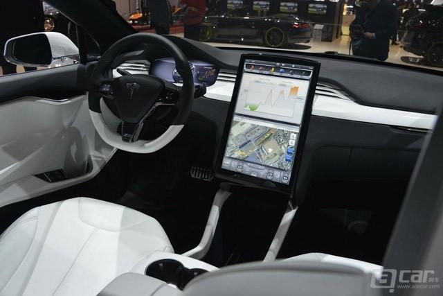 Tesla-Model-X-Prototype-5[3]