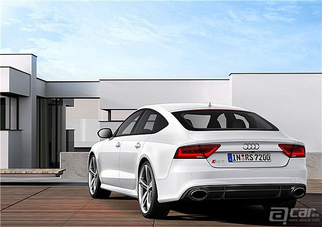 Audi-RS7_Sportback_2014_1600x1200_wallpaper_31_副本