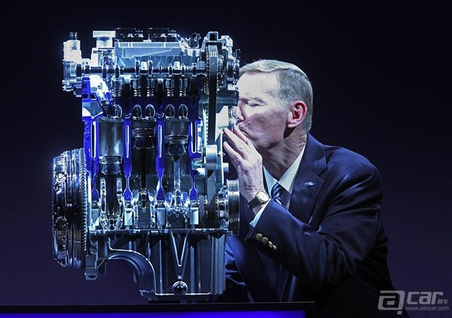 Alan-Mullaly-with-the-1L-Ford-Ecoboost-engine