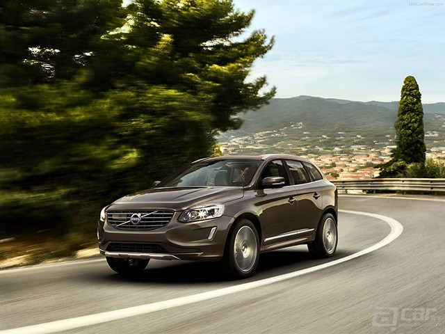 Volvo-XC60_2014_1600x1200_wallpaper_03