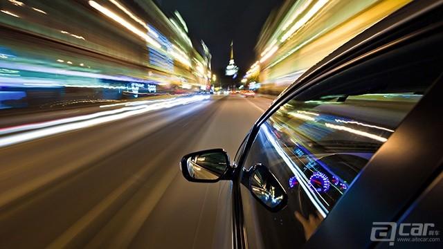 night_high_speed_car_driving-hd