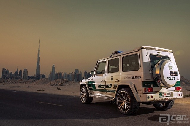 brabus-mercedes-benz-g63-amg-dubai-police-car-rear-three-quarters-view