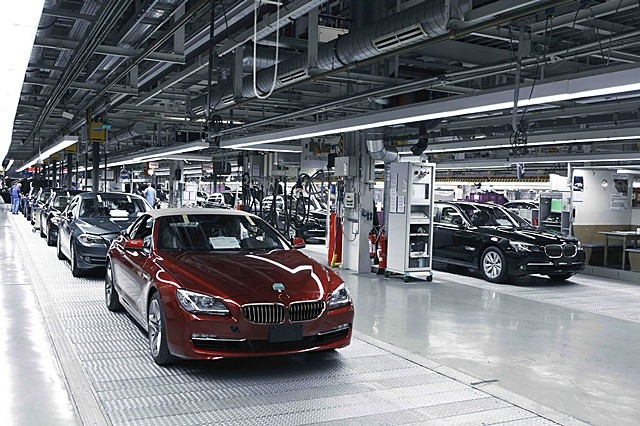 BMW-manufacturing_副本