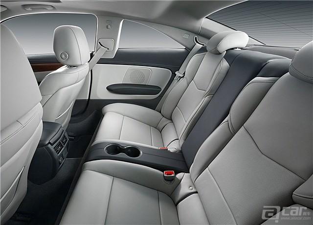 Cadillac-ATS_Coupe_2015_1600x1200_wallpaper_35_副本