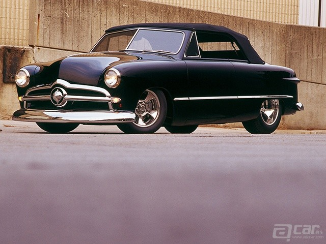 curp-0501-06-o+1949-ford-convertible+front