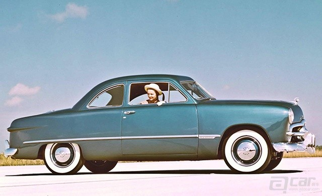 1949-ford-coupe-photo-282053-s-1280x782