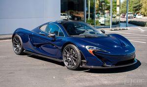 美国旧金山迈凯轮展厅到货定制蓝色P1超跑