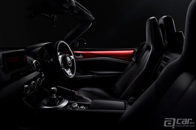 Mazda-MX-5_2016_800x600_wallpaper_08