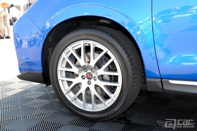 Subaru-Forester-STI-tS-Concept-7