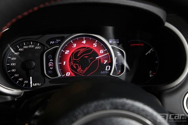 2015-Dodge-Viper-SRT-11