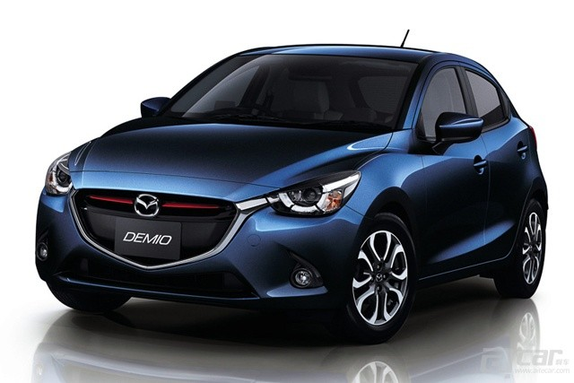 all-new-mazda2-goes-on-sale-in-japan-from-135-million-yen-video_7