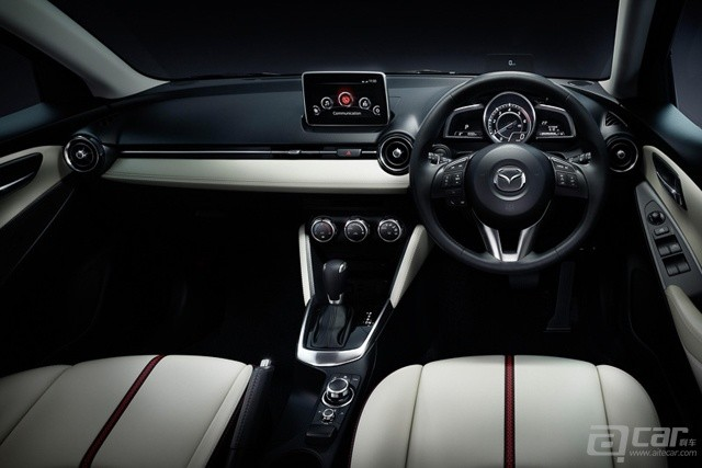 all-new-mazda2-goes-on-sale-in-japan-from-135-million-yen-video_1