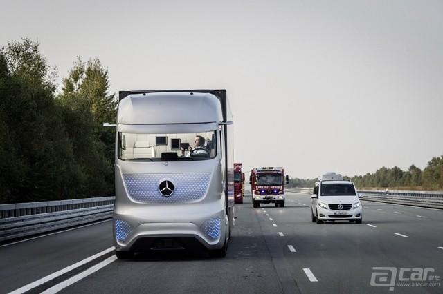 Mercedes-Future-Truck-2025-36