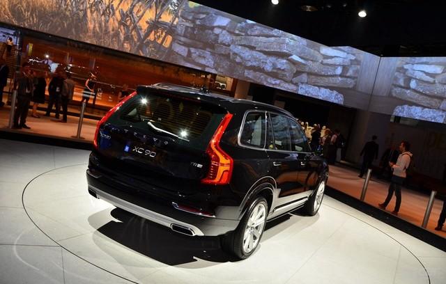Volvo-XC90-Paris-2014-26