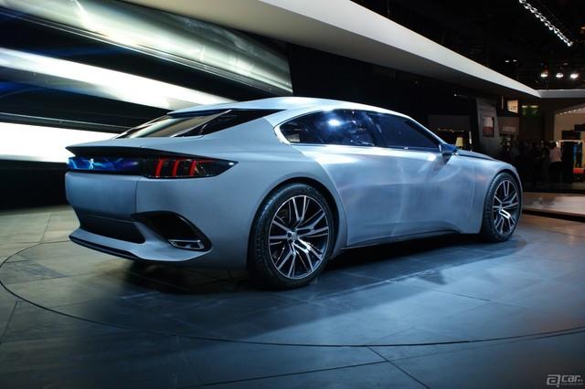 Peugeot-Exalt-7
