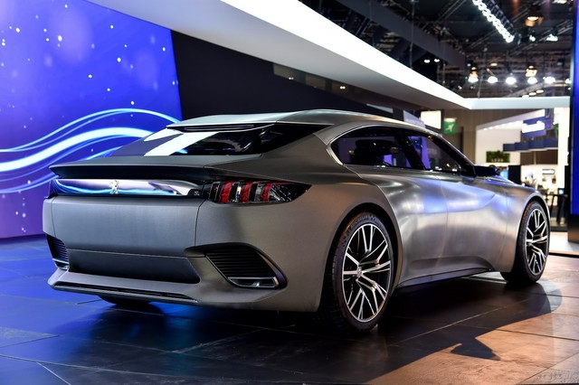Peugeot-Exalt-2