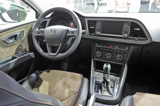 Seat-Leon-X-Perience-13