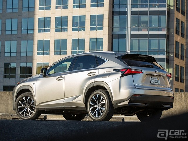 Lexus-NX_2015_1600x1200_wallpaper_69