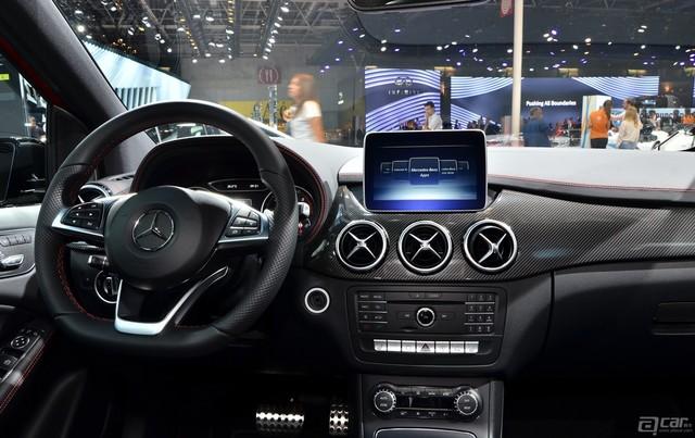 2015-Mercedes-Benz-B-Class-Paris-2014-13
