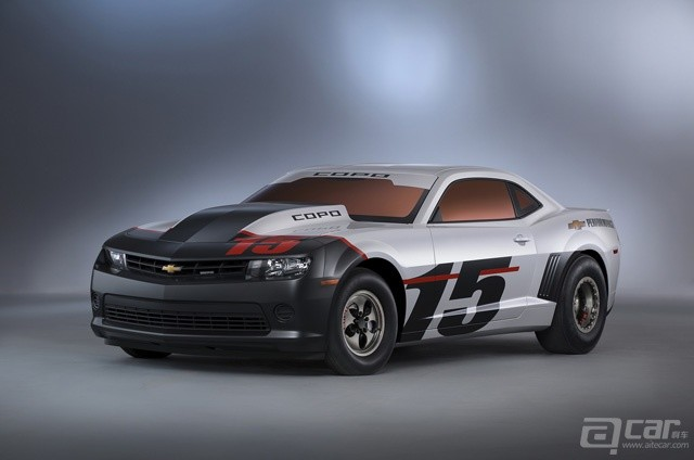 2015-chevrolet-copo-camaro-arrives-at-sema-only-69-will-ever-be-built_1