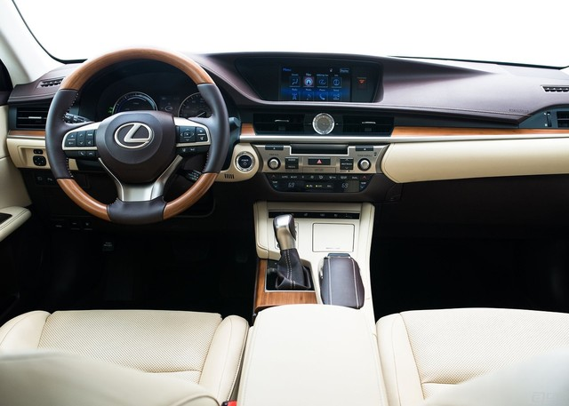 Lexus-ES_2016_1600x1200_wallpaper_18