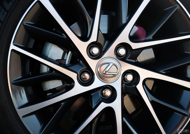 Lexus-ES_2016_1600x1200_wallpaper_35