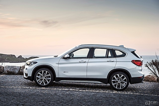 BMW-X1-5448_22