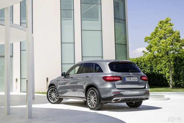 2016-mercedes-glc-launched-in-the-us-with-38950-starting-price-and-2-liter-turbo_5