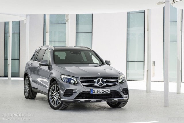 2016-mercedes-glc-launched-in-the-us-with-38950-starting-price-and-2-liter-turbo_6