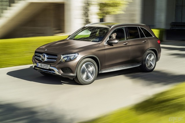2016-mercedes-glc-launched-in-the-us-with-38950-starting-price-and-2-liter-turbo_3