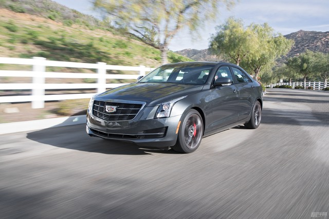 2017-Cadillac-ATS-20T-front-three-quarter-in-motion-02